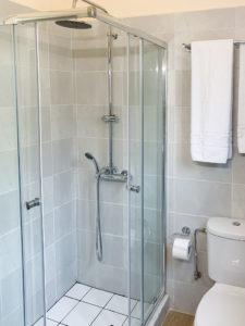 Theta Bathroom 2